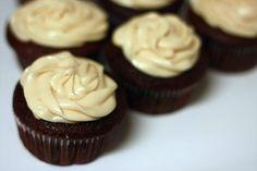 Runs With Spatulas: Milky Way Cupcakes