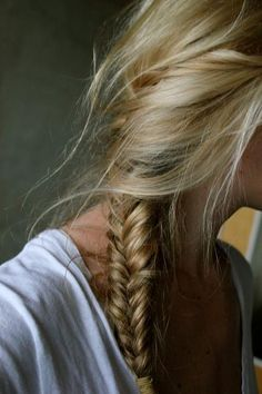 messy + blonde + fishtail