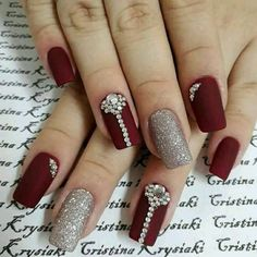 Pin by Sacheen Arce on Gorgeous Nails in 2019 Girls Nail Designs, Bridal Nails Designs, Bright Nail Designs, Bridal Nail Art, Beautiful Nail Designs, Nail Art Designs, Indian Nail Art, Indian Nails, Coffin Nails Glitter