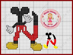 Mono do Mickey Disney Crafts, Disney Art, Alfabeto Disney, Mickey E Minnie Mouse, Embroidery Alphabet, Cross Stitch Letters, Tapestry Crochet, Mickey And Friends, Cross Stitching