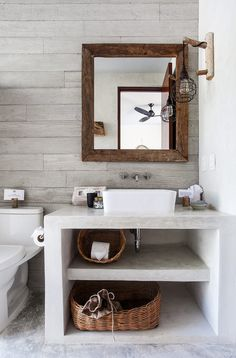 Small bathroom decor 2019 Small modern bathroom with built-in furniture. Furniture for small bathrooms. Bathroom Photos, Bathroom Layout, Bathroom Interior Design, Home Interior, Bathroom Storage, Bathroom Ideas, Bathroom Makeovers, Interior Mirrors, Bathroom Repair