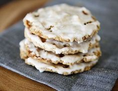 Iced Oatmeal Cookies.....a throwback to the Keebler iced oatmeal raisin cookies we used to to get when we were kids!