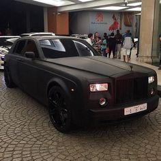 Matte black Rolls Royce Phantom… #Luxury #RR #Phantom #RollsRoyce #Dubai #ArabMoney #AbuDhabi #BlackOnBlack @arabmoneyofficial #Exotic
