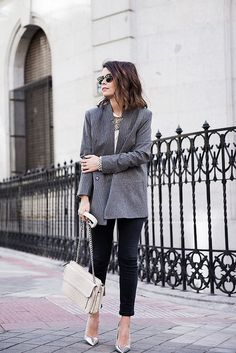 Pinstripe_Blazer-Outfit-Grey_Shoes-Jeans-Snake_Bag-collage_Vintage-street_Style-outfit-17 | Flickr - Photo Sharing!