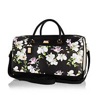 Black floral print weekend bag #riverisland #RIwomenswear