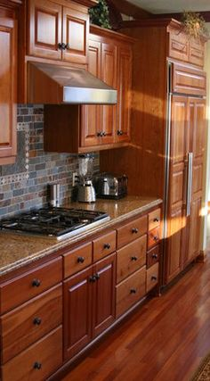 Lovely Honey Oak Kitchen Cabinets