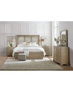 Modern Romance Transitional Queen Panel Bed with Antiqued Mirror Headboard Accent by Hooker Furniture at Olinde's Furniture Hooker Furniture, Bedroom Furniture, Modern Furniture, Furniture Vintage, Furniture Ideas, Panel Headboard, Panel Bed, Modern Master Bedroom, Master Suite