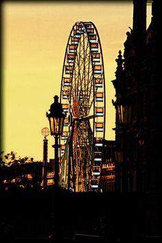 Tuilerie's big wheel. Paris