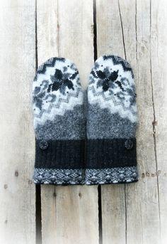 Sweater Mittens, Sweaters, Slippers, Gray, Mom, Black, Fashion, Moda, Black People