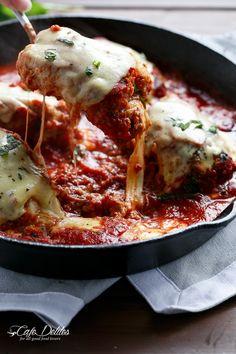 One Pan Mozzarella Stuffed Chicken Parmesan | http://cafedelites.com