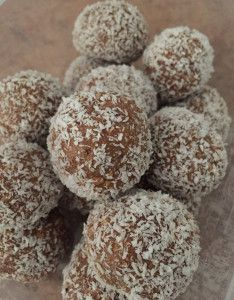 Milo Balls Milo Recipe Easy Sweets Fruit Smoothie Recipes