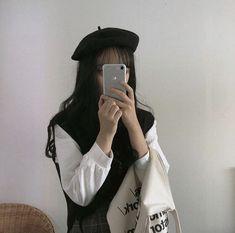 Aesthetic Couple, Korean Aesthetic, Aesthetic Fashion, Aesthetic Girl, Aesthetic Clothes, Black And White Aesthetic, Ulzzang Korean Girl, Cute Korean Girl, Ulzzang Fashion