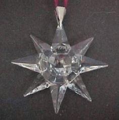 1991 Retired Swarovski Annual Ornament -Picture for Reference only Swarovski Christmas Ornaments, Swarovski Snowflake, Swarovski Crystal Figurines, Swarovski Crystals, Feel Unique, Snowflakes, Xmas, Google Search, Jewelry