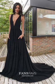 Looking for a black prom dresses with pockets that won't bust the bank? FansFavs is one of the Best Places To Buy Cheap black prom dresses with pockets That Look Expensive. #FansFavs #prom #promdress #prom2020 #blackdress #princessdress #dresseswithpockets #vneckdress