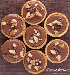 This is my batch: The krumchy Michalak Types Of Desserts, Fancy Desserts, No Bake Desserts, Dessert Recipes, Blog Patisserie, French Patisserie, Mini Dessert Shots, Mini Pastries, Alcoholic Desserts