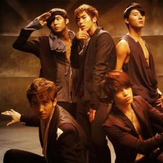 mirotic by tvxq!!!!! ahhh the good old days of kpop....