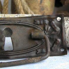 vintage  escutcheon... key hole plate     Mar 14 by CoolVintage