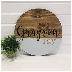 Wood Name Sign, Wood Names, Baby Name Signs, Family Name Signs, Wooden Diy, Wooden Signs, Cute Baby Names, Wood Circles, Nursery Signs