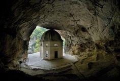 Genga (AN): Santuario Madonna Frasassi - Marche, Italy