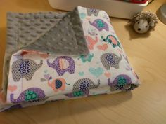41 Trendy Baby Blanket To Sew Minky Rag Quilt How To Sew Baby Blanket, Easy Baby Blanket, Minky Baby Blanket, Blanket Crochet, Baby Sewing Projects, Sewing Projects For Beginners, Sewing Hacks, Sewing Tutorials, Sewing Tips