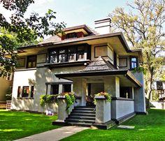 Frank Lloyd Wright Buildings | http://www.designrulz.com/design/2013/08/frank-lloyd-wright-buildings/
