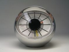 Desk Clock | 1950s | via Mid-Century Modern Freak