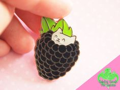 Hey, I found this really awesome Etsy listing at https://www.etsy.com/listing/464859085/glitter-blackberry-kitten-enamel-pin