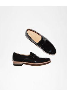 sports shoes ac410 43b5a Dieppa Restrepo   Lordy Patent Loafer Oxfordskor, Falla Skor, Sadlar,  Strumpor