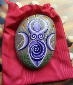 Spiral GODDESS STONE & POUCH Altar CHARM or Art. Wicca Pagan Witch ROCK GODDESS