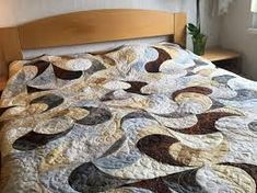 "Képtalálat a következőre: ""csokifolt templates"" Templates, Quilts, Blanket, Contemporary, Rugs, Bed, Home Decor, Scrappy Quilts, Farmhouse Rugs"
