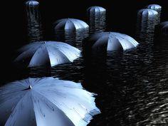 OBVIOUS | Trabalhe como um vendedor de guarda-chuva >   Existe um fenômeno interessante que ocorre em grandes centros quando uma gota solitária cai do céu: do nada, dezenas de vendedores de guarda chuva brotam da terra! Até agora, a tecnologia não avançou o suficiente para descobrir antes do vendedor de guarda chuva qual será a previsão do tempo. Para alguns, vendedores de guarda chuva são loucos; para muitos, são verdadeiros salvador  guarda-chuvas-enxurrada.jpg
