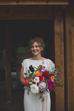 bridal portrait - photo by Harper Point Photography http://ruffledblog.com/outdoor-bohemian-colorado-wedding