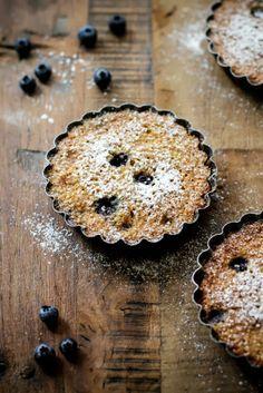 - VANIGLIA - storie di cucina: tortine senza glutine e senza burro con quinoa e mirtilli