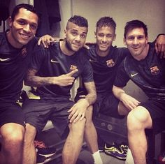 Adriano, Messi, Dani Alves and Neymar FC Barcelona in Milan FC Barcelona vs AC Milan Fc Barcelona Neymar, Barcelona Football, Barcelona Futbol Club, Messi Vs, Lionel Messi, Neymar Jr, Psg, Real Madrid, Italy Soccer