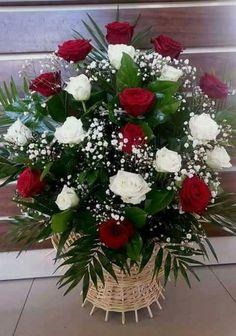 Fake Flower Centerpieces, Valentine Flower Arrangements, Funeral Floral Arrangements, Creative Flower Arrangements, Ikebana Flower Arrangement, Beautiful Flower Arrangements, Flower Decorations, Beautiful Flowers, Altar Flowers