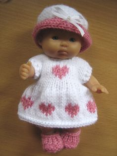 Knitting Pattern for 5 Berenguer Dolls by DesignerDollsClothes, £3.50
