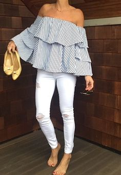 Off the Shoulder Bell sleeve layer top - Pink Pineapple Shop Fashion Advice, Fashion Outfits, Jeans Fashion, Fashion Clothes, Cool Style, My Style, Sweet Style, Summer Outfits, Cute Outfits