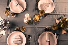 Mmm, maak zelf lepeltjes chocolademelk! | Radio 2, de grootste familie Tea Lights, Table Settings, Candles, Table Decorations, Christmas, Melk, Inspireren, Home Decor, Tips