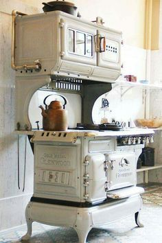 That is really old - Id love to have this in my kitchen! Love the color.