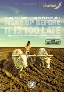 """""""Wake Up Before It's Too Late:"""" New UN Report Calls for Dramatic Shift Toward Natural Agriculture"""