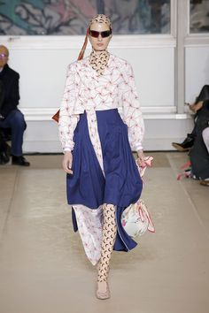 The complete Marine Serre Fall 2018 Ready-to-Wear fashion show now on Vogue Runway.