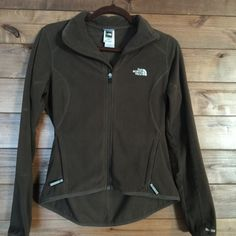 """North Face Fleece Jacket Womens Brown North Face Jacket - Size XSmall TKA 100 is an insulated lightweight fleece  100% polyester durable and resistant to pilling.  High low hem. 21"""" front hem, 25"""" back hem. Great condition. North Face Jackets & Coats"""