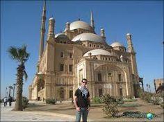 Visita de la mezquita de alabastro la mas bonita en Egipto, un tour por dentro se puede hacer para disfrutar de la belleza de este lugar #visita #mezquita #cairo #Egipto #luna_de_miel #viaje http://www.maestroegypttours.com/sp