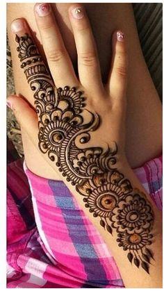 Indian Henna Designs, Latest Arabic Mehndi Designs, Mehndi Designs For Kids, Finger Henna Designs, Mehndi Designs Feet, Full Hand Mehndi Designs, Mehndi Designs For Beginners, Henna Designs Easy, Mehndi Designs For Fingers