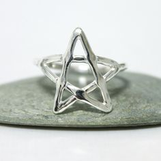 Star Ring  / Sterling Silver Shiny Star Ring/ by rosajuri on Etsy