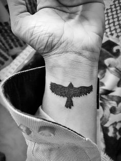 Raven.. Got this on my left wrist.. #raven #bird #tattoo #smalltattoo
