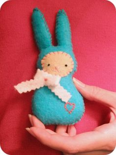 Feeling stitchy shares her bunny plushie. Love to see more of these. Have always loved felt! Still have my felt Christmas stocking that a friend of the family made or me.Great memories using it as a child teaching myself how craft. Hope the trend continues and continues.