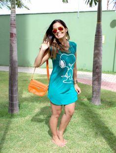 """Está querendo um look mega confortável que dê pra ir trabalhar, passear, namorar...?? No blog, hoje, tem um pouco mais da tendência dos """"maxi vestidos"""". ;)"""