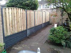 1000 images about erfafscheiding beton hout on pinterest for Schutting zetten