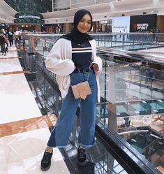 New Ideas Style Hijab Casual Pants - hijab outfit Hijab Casual, Ootd Hijab, Hijab Jeans, Hijab Chic, Casual Outfits, Casual Pants, Classy Outfits, Modern Hijab Fashion, Street Hijab Fashion